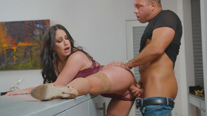 Lusty hot pornstar Jennifer White fucks with neighbor